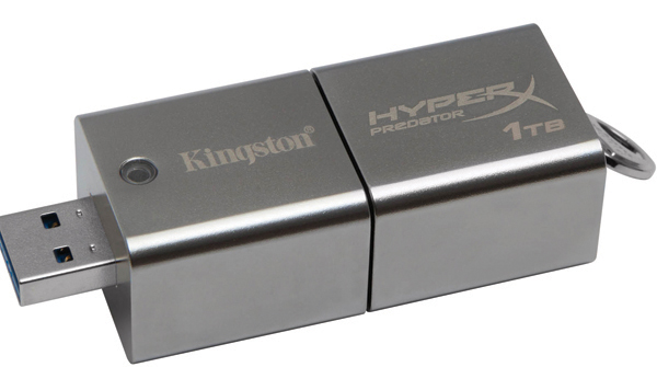 kingston_datatraveler_hyperx_predator_3.0_1tb