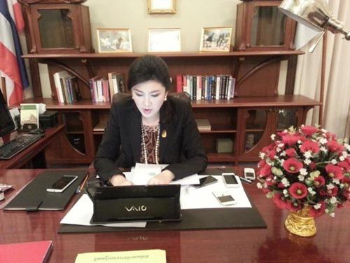 PM-Desk.jpg