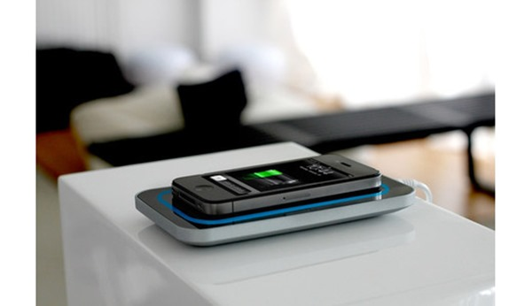 wireless_charging_generic_520x300x24_fill