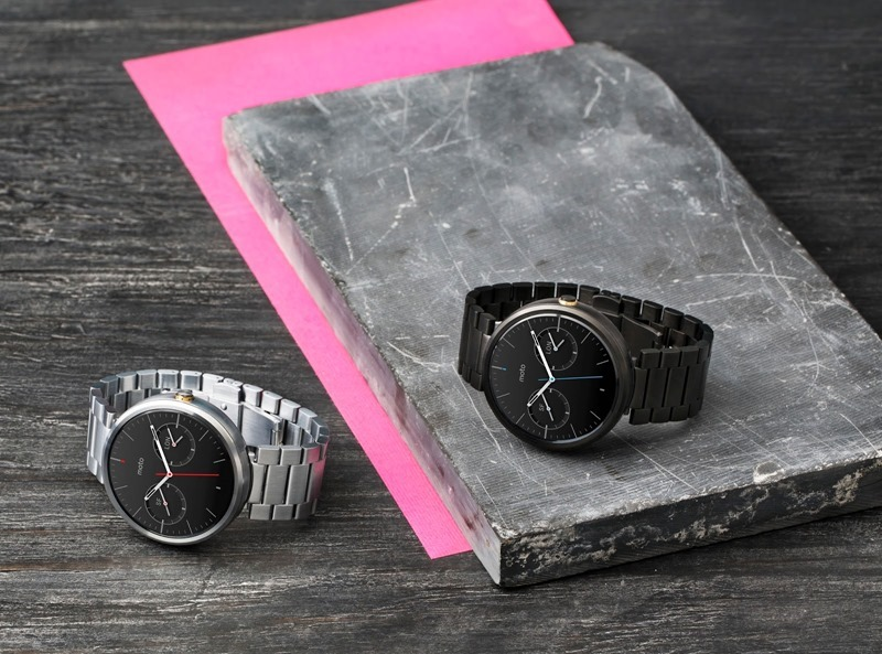 1_moto_360_two_metalwatches_6712_1.jpg