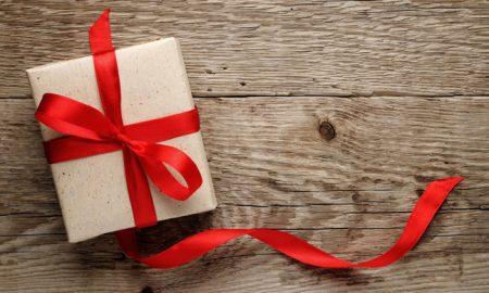 holiday-gift-love-ribbon-texture-wood-christmas-hd-wallpaper