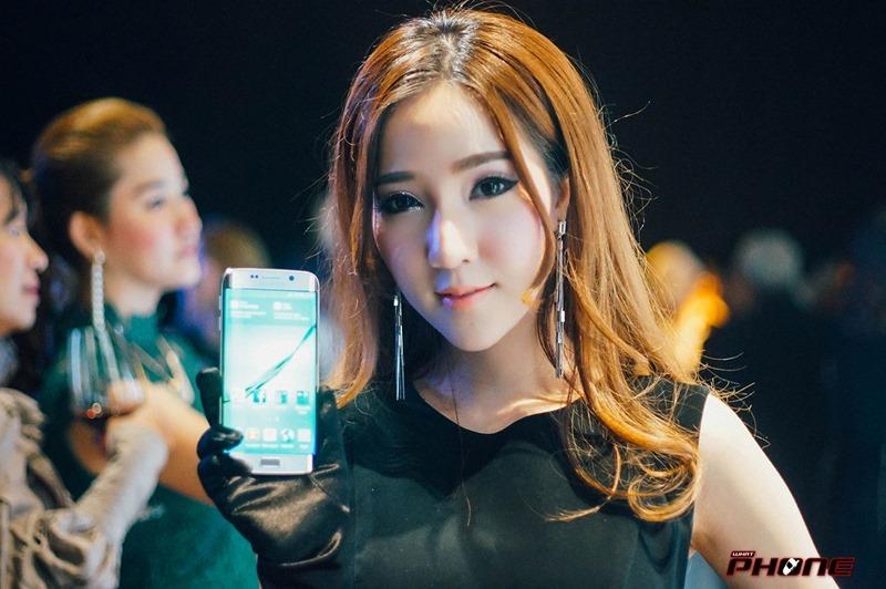 Samsung-S6-grand-opening--02