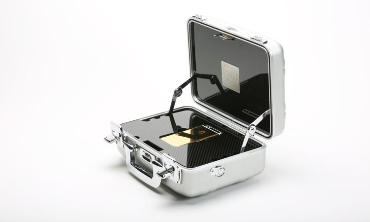 rose-platinum-iphone-6s-box