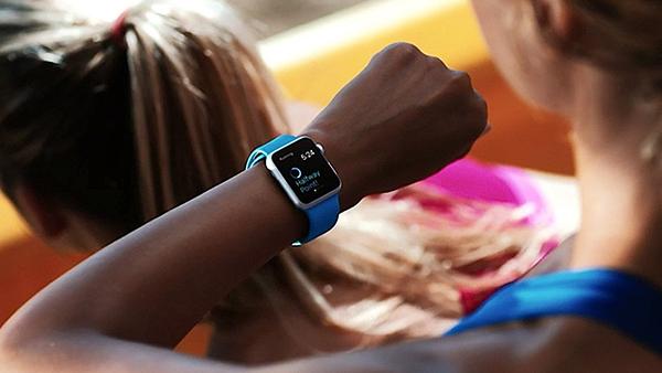 Apple-Watch-Training-Begins-472467-2