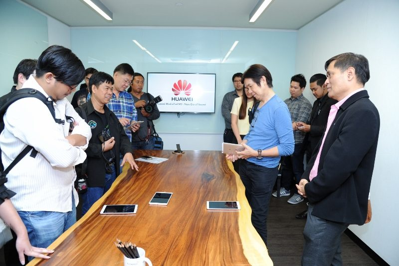 Huawei MediaPad M3 workshop