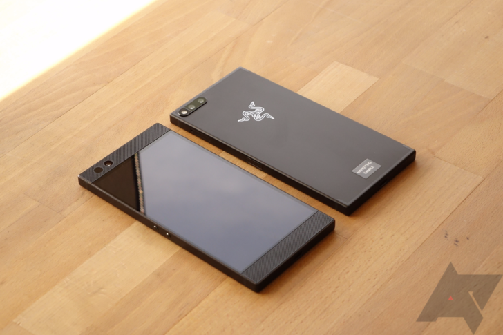 Razer Phone - 1