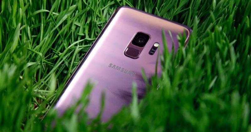 Samsung Galaxy S9 back-feat
