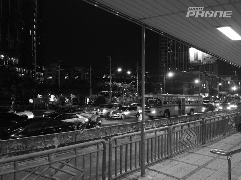HUAWEI P20 Pro with Leica Triple Camera Monochrome