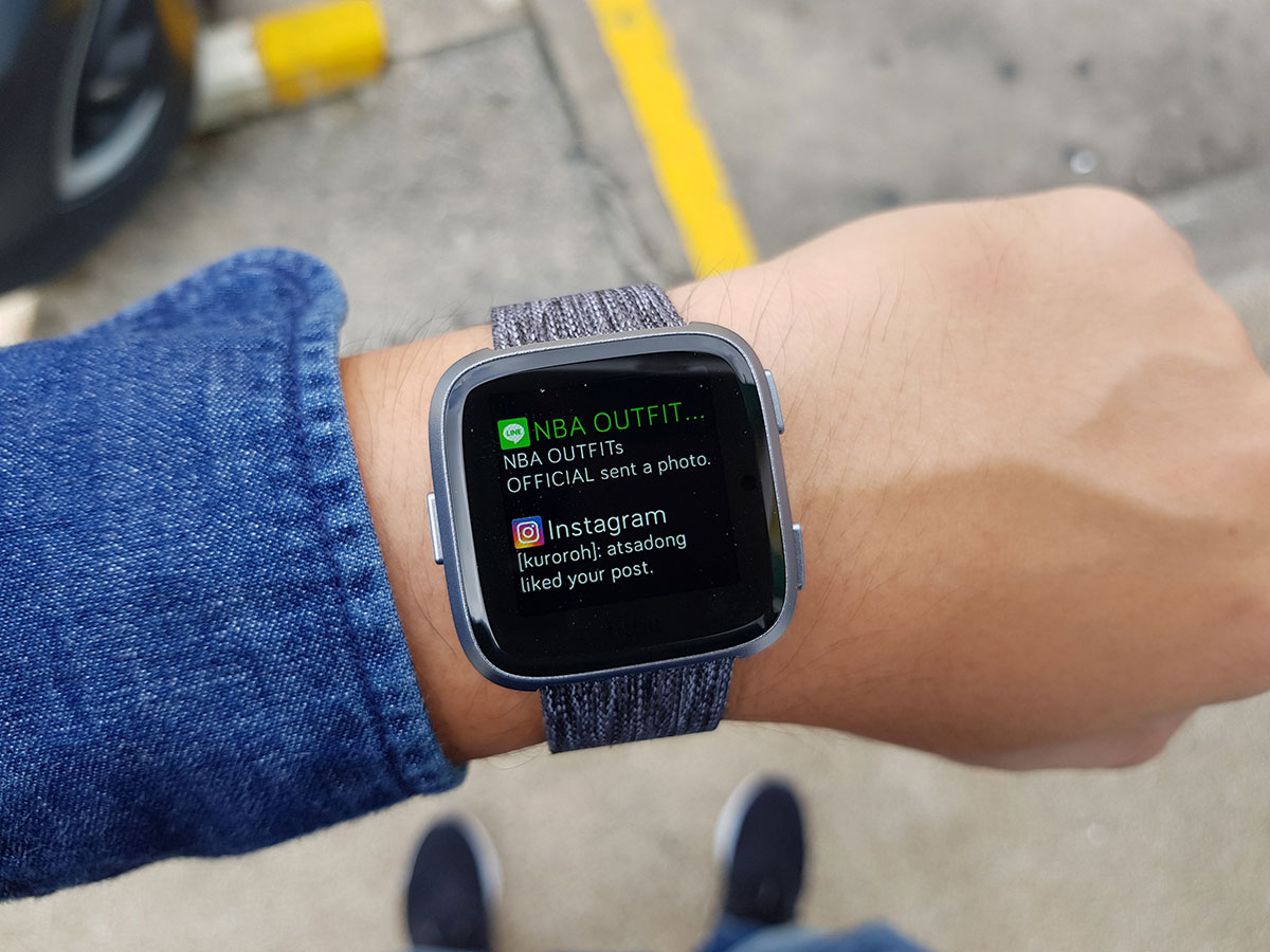 รีวิว Fitbit Versa พันทิป