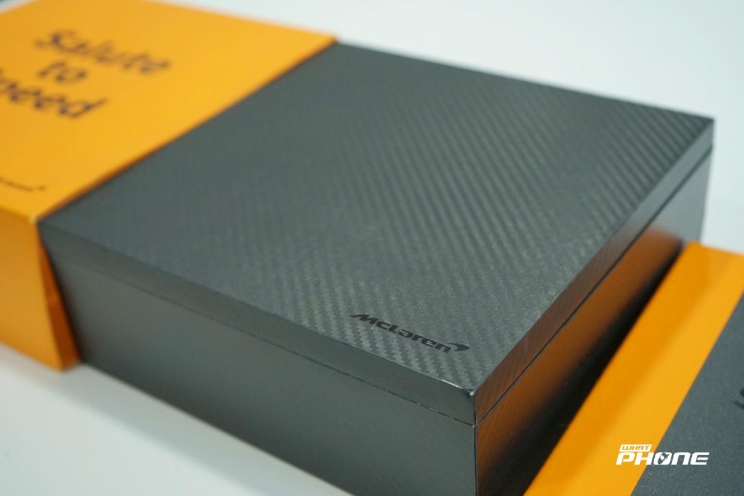 OnePlus 6T McLaren Edition Unboxing 4