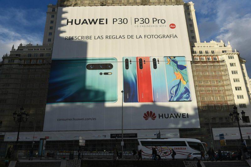 CIA Warned Huawei P30 Pro