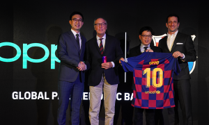 OPPO Reno 10x Zoom Limited Edition x FC Barcelona