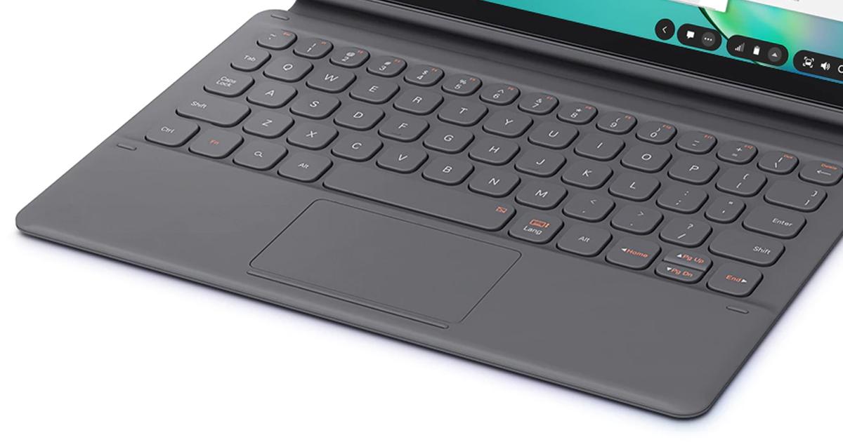 Smart Keyboard with TrackPad
