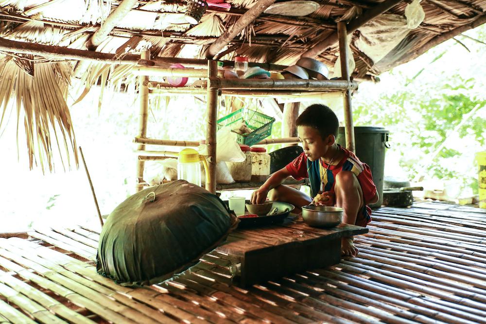 02 เด็กๆต้องอดมื้อกินมื้อในช่วงปิดเทอมที่ยาวนาน