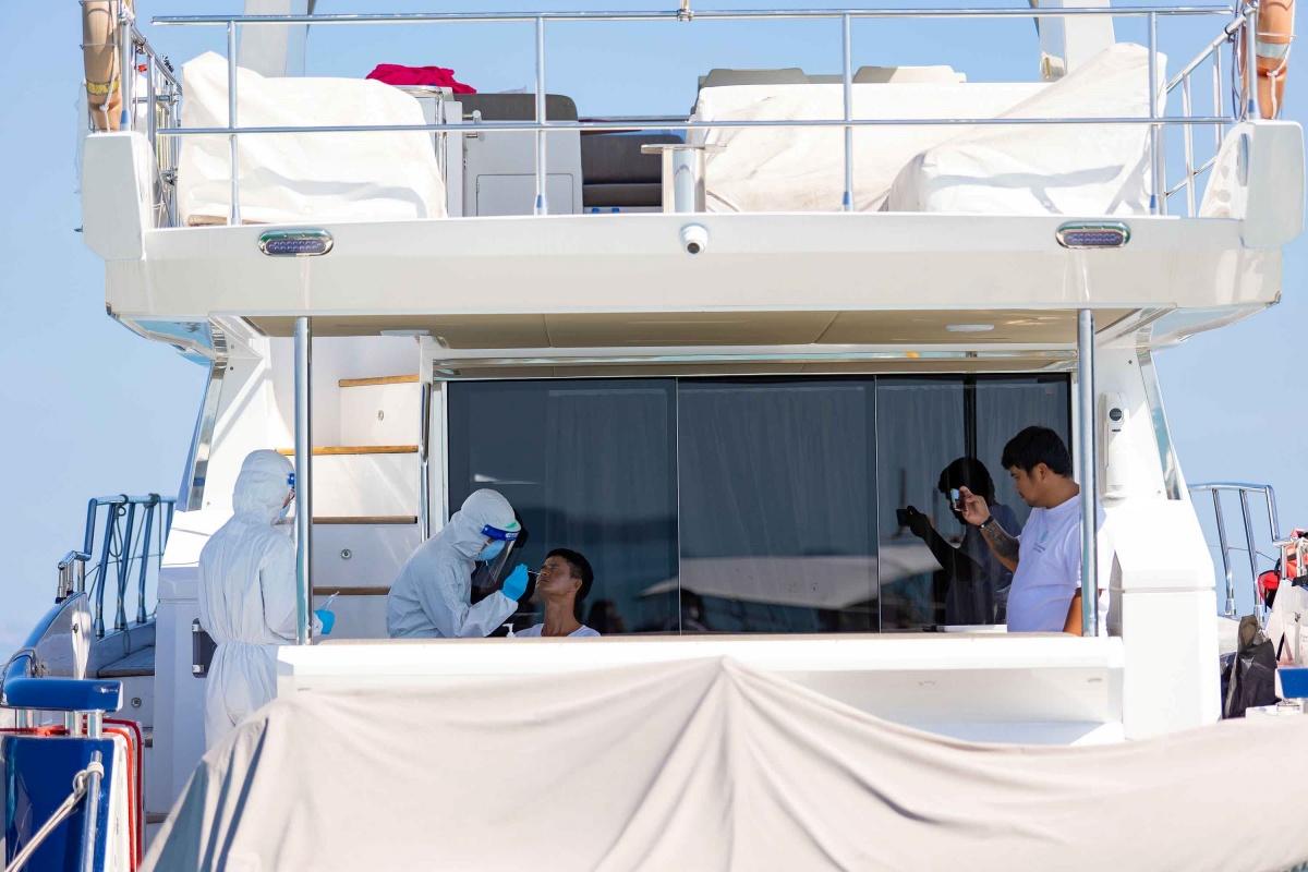 Pic 6 AIS digital yacht Quarantine