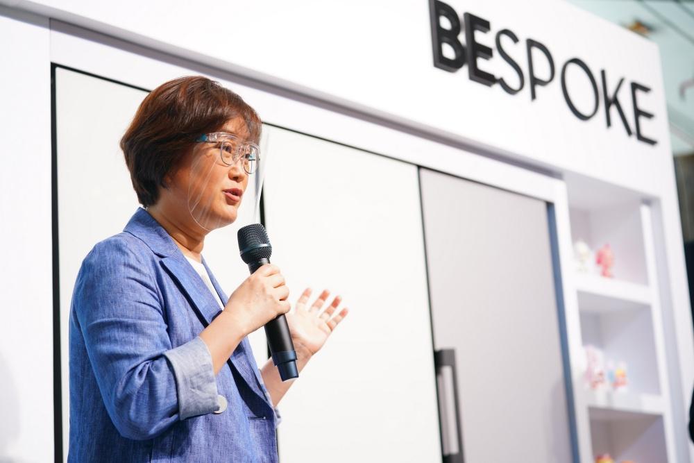 นางสาวเจนนิเฟอร์ ซอง ประธานธุรกิจเครื่องใช้ไฟฟ้า บริษัท ไทยซัมซุง อิเลคโทรนิคส์ จำกัด