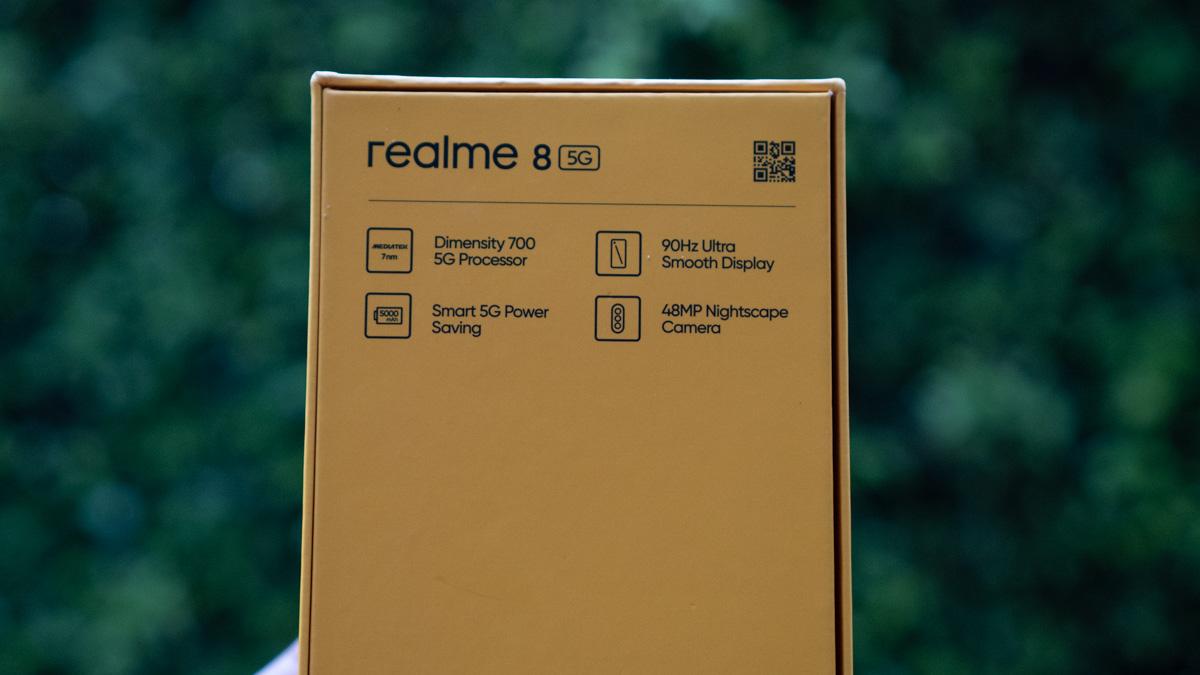 realme 8-210