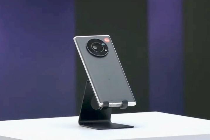 Leitz Phone 1 (3)