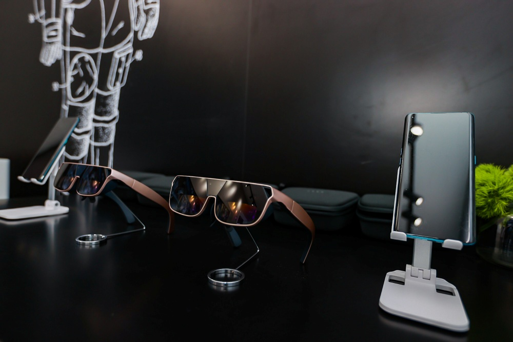 (6) OPPO AR glass 2021
