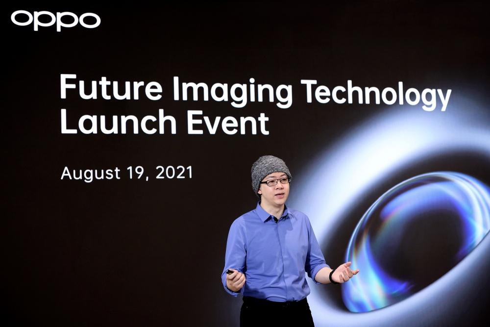 OPPO Imaging Director Simon Liu