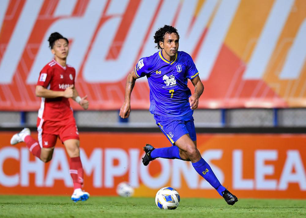 Pic 07 AIS PLAY ร่วมเปิดการแข่งขัน Thai League 2021