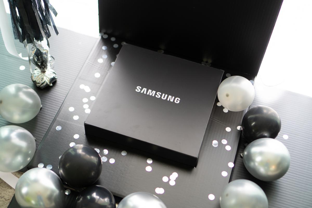 Samsung Galaxy Flip3-10