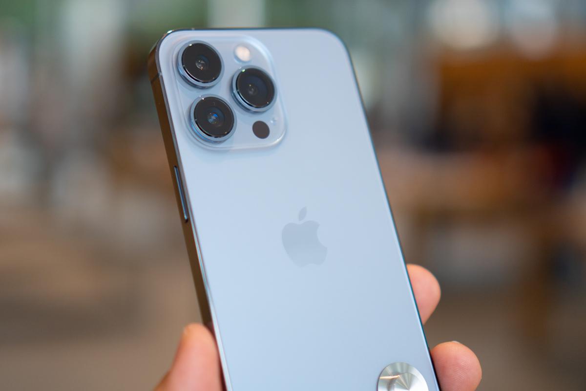 iPhone 13-27